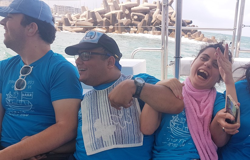 People with disabilities from SHEKEL Petach Tikva enjoy a boat trip and Marina Herzliya